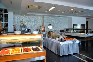 Hotel San Antonio, Hotels  Podstrana - big - 51