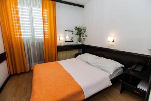 Hotel International, Hotels  Crikvenica - big - 14