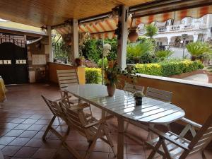 La Casa nel Parco Appia - AbcRoma.com