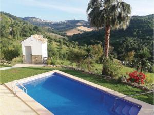 obrázek - Three-Bedroom Holiday Home in Prado del Rey