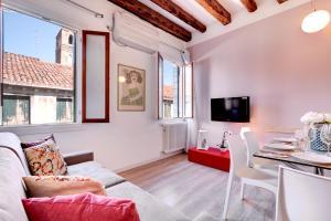Botteri Palace Apartments - Faville - AbcAlberghi.com