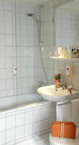 Mercure Hotel Bad Homburg Friedrichsdorf, Szállodák  Friedrichsdorf - big - 45