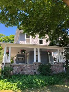 Charlevoix House - Accommodation - Charlevoix