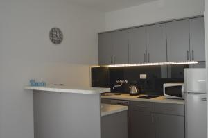 Rooms & Apartments Villa Anka, Апартаменты  Тучепи - big - 63