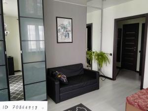 Black & White Apartment - Bakeyevo