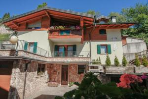 Appartamenti Carano Al Bait - Apartment - Andalo