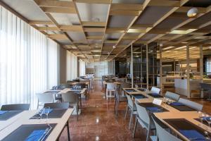 Hotel Olympia Valencia, Hotely  Alboraya - big - 38