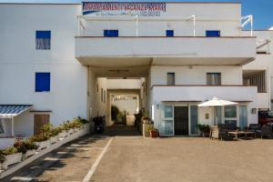 Appartamenti Vacanze Mare di Sgherzi Franca - AbcAlberghi.com