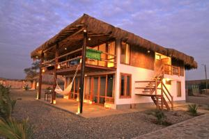 Lobitos Lodge