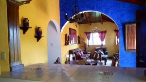 Villas de Atitlan, Комплексы для отдыха с коттеджами/бунгало  Серро-де-Оро - big - 201