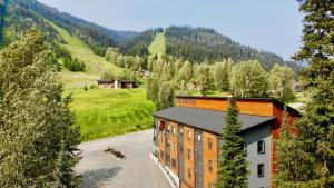 The Burfield - Hotel - Sun Peaks