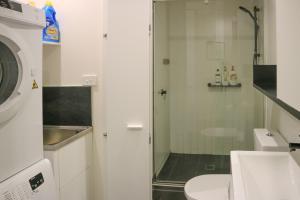 Self Service Apartment Free Parking+Wifi, Апартаменты  Мельбурн - big - 6