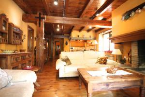 Casa rustica para 6 con chimenea y jardin, l'Aldosa, vallnor, La Massana