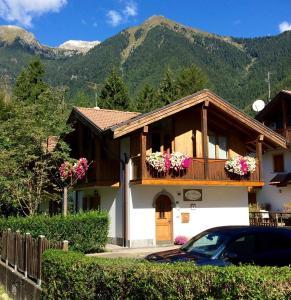 B&B La Brisa - Accommodation - Pinzolo