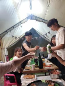 Line Guesthouse