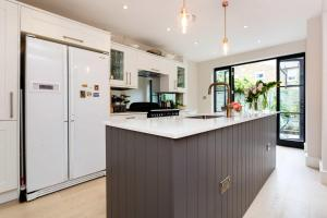 Veeve - South West London Retreat, Holiday homes  London - big - 9