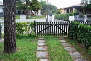 Villa Rosina Bibione, Apartmány  Bibione - big - 9