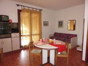 Villa Rosina Bibione, Apartmány  Bibione - big - 25
