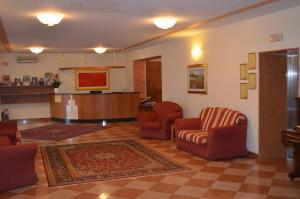 Hotel Olioso, Szállodák  Peschiera del Garda - big - 65