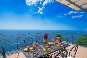 Amalfi Coast l'incanto - AbcAlberghi.com
