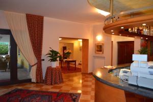 Hotel Olioso, Отели  Пескьера-дель-Гарда - big - 44