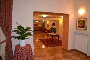 Hotel Olioso, Szállodák  Peschiera del Garda - big - 82