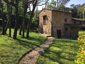 Amazing countryhouse a few steps from Firenze down - AbcAlberghi.com