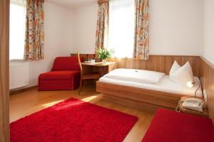 Hotel Drei Löwen - Karlsfeld