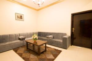 Al Raha Rotana Hotel Apartments, Residence  Khamis Mushayt - big - 22