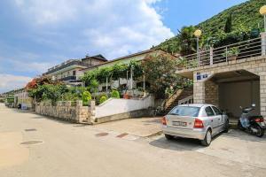 Apartment Trpanj 16004a
