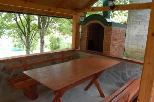 Privatni smještaj Tijanić, Pensionen  Plužine - big - 49
