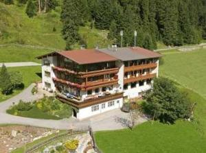 Pension Reuttenhof - Accommodation - Hintertux