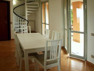 Ampi spazi e natura su tre piani - AbcAlberghi.com