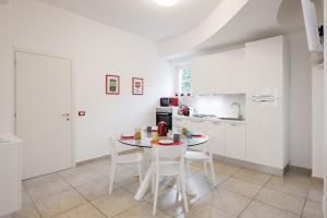 Flats4Rent Orazio - AbcAlberghi.com