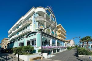 Hotel Moderno Majestic - AbcAlberghi.com