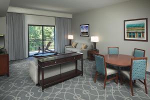 DoubleTree by Hilton Biltmore/Asheville, Szállodák  Asheville - big - 66