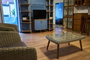 Modern apartment in the center of Ankaran