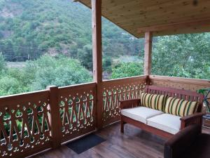 Riverside Guesthouse, Bed & Breakfast  Borjomi - big - 4