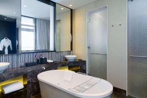 Grand Hyatt Abu Dhabi Hotel & Residences Emirates Pearl (24 of 54)