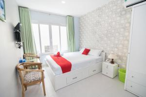 RedDoorz near SC Vivocity Mall 2 - Tan Phong