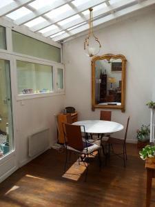 obrázek - maison et jardin sur la quai de l'Isère