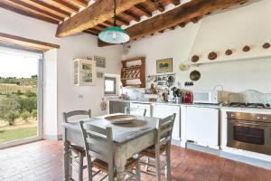 Casale delle Noci Apartment, Апартаменты  Таварнелле-Валь-ди-Пеза - big - 55