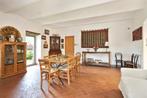 Casale delle Noci Apartment, Апартаменты  Таварнелле-Валь-ди-Пеза - big - 79