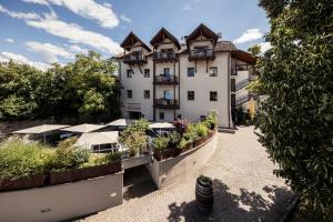 Hotel Masatsch - AbcAlberghi.com