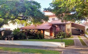 Otima localizacao, conforto e praticidade em Jurere Internacional, Florianopolis - Canasvieiras