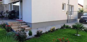 Ambiance Apartment - Swiss Village, Apartmány  Sibiu - big - 29