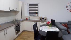 Ambiance Apartment - Swiss Village, Apartmány  Sibiu - big - 25