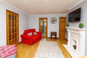 Lomond SA- The Woodburn Apartment