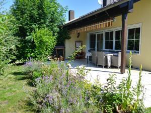 Ferienwohnung am Waldrand Leicht - Ipsheim
