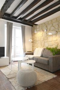Appartement Paris Place des Vosges II